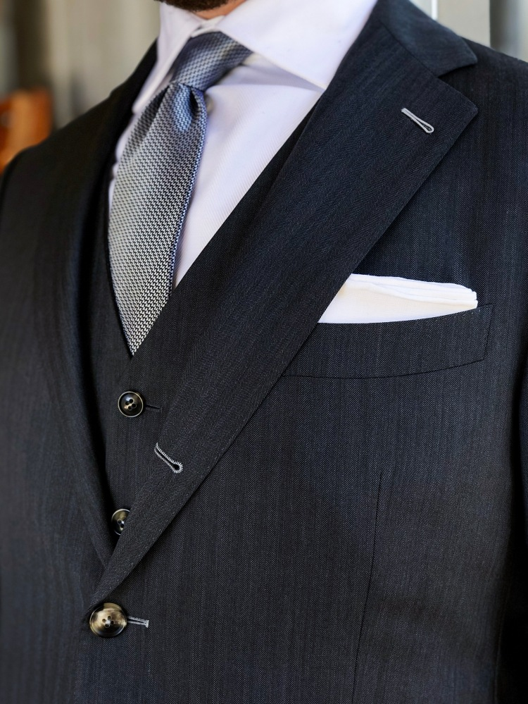 knightsman bespoke tailors suit 2